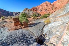 Puits de mine de cuivre abandonné Image libre de droits