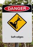 Puits de mine de panneau d'avertissement Images libres de droits