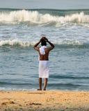 Puja na Índia no lugar santo na praia de Varakala Imagens de Stock