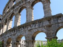 Pula de la Croatie d'amphitheatre romains Photos stock