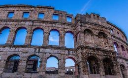 PULA KROATIEN som fortlever romerska arenor i världen, fornminne arkivfoton