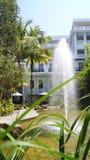 PULAU LANGKAWI MALEZJA, APR, - 4th 2015: Tarasuje i ogród DANNA hotel w Langkawi wyspie Obrazy Stock