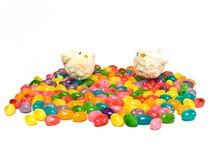 Pulcini di Pasqua con i fagioli di gelatina Immagini Stock Libere da Diritti