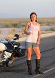 Pulcino bagnato del motociclista Fotografie Stock Libere da Diritti