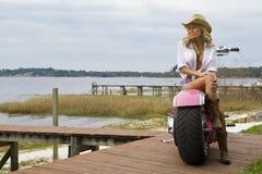 Pulcino del motociclista Fotografie Stock Libere da Diritti