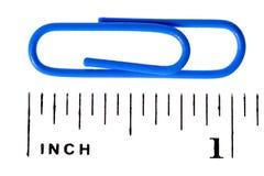 Pulgada de la escala del clip de papel Fotos de archivo