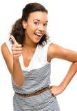 Pulgares sonrientes de la mujer hermosa de la raza mixta para arriba aislados en b blanco Imagen de archivo