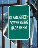 Pulisca il segno di potenza verde Fotografia Stock