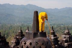 Pulizia ad alta pressione di salvataggio di Borobudur Immagine Stock Libera da Diritti