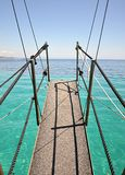 Pullover sur des bateaux en mer Photos libres de droits