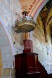 Pulpit μέσα στην ενισχυμένη σαξονική εκκλησία Malancrav Στοκ εικόνες με δικαίωμα ελεύθερης χρήσης