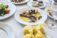 Pulpo en un restaurante griego Fotografía de archivo libre de regalías