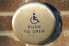 Pulsante del portello di handicap fotografia stock libera da diritti