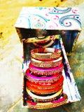 Pulseira coloridas bonitas tradicionais de Rajasthani fotos de stock royalty free