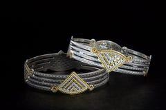 pulseira e senhores de prata Kade & x28; Faixa da mão & x29; imagem de stock