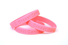 Pulseras enteradas del cáncer de pecho Imagen de archivo libre de regalías