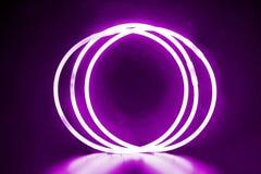 Pulseras redondas violetas Imagen de archivo