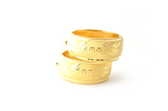 Pulseras tradicionales del oro Imágenes de archivo libres de regalías