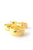 Pulseras tradicionales del oro imagen de archivo