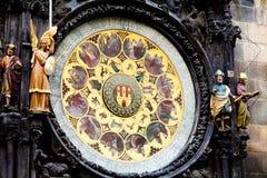 Pulso de disparo astronômico (Orloj) na cidade velha de Praga Foto de Stock Royalty Free