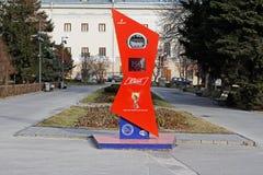 Pulso de disparo da contagem regressiva ao começo do campeonato do mundo 2018 de FIFA em Rússia no passeio central de Volgograd foto de stock