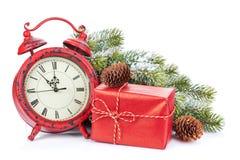 Pulso de disparo do Natal, caixa de presente e árvore de abeto da neve Fotografia de Stock Royalty Free