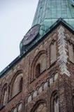 Pulso de disparo em St James & em x27; catedral de s, Riga Imagem de Stock