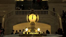 Pulso de disparo na estação de Grand Central vídeos de arquivo