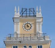 Pulso de disparo na torre da construção Foto de Stock Royalty Free