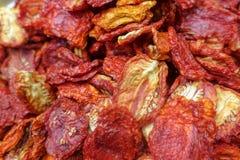 Pulsos secos e vegetais secados, tomates, amendoins, nozes fotografia de stock