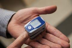 Pulsoximeter Royaltyfri Bild