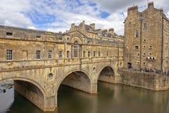 Pulteney-Brücke über dem Fluss Avon im Bad, Somerset, England Lizenzfreies Stockbild