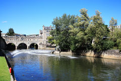 Pulteney Bridge across the River Avon Royalty Free Stock Photos