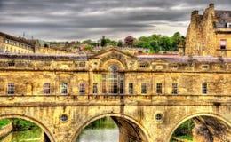 Pulteney Bridge over the River Avon in Bath Stock Photo