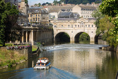 Pulteney Weir and Bridge in Bath, UK Royalty Free Stock Photos