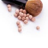 Pulverball mit Bürste Lizenzfreies Stockfoto