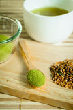 Pulverisierter grüner Tee Lizenzfreie Stockfotos