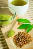 Pulverisierter grüner Tee Lizenzfreies Stockbild