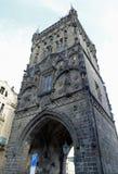 Pulverize a torre em Praga usou-se para conter a pólvora imagens de stock royalty free