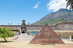 Pulverzeitschrift vor dem Schloss der guten Hoffnung in Cape Town Stockbilder