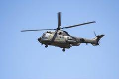 Puma di Eurocopter durante il volo Immagini Stock