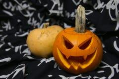2 pumkins для торжества хеллоуина стоковое изображение rf