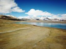 Pumoyongcuo湖风景  免版税图库摄影