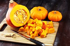 Pumpa och pumpaskivor Autumn Healthy Food Nutrition Seasona royaltyfri bild