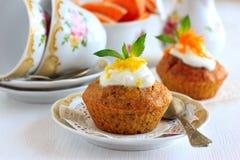 Pumpamuffin med citronsås Arkivfoto