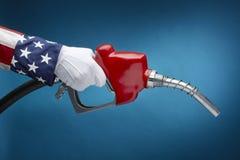 Pumpendes Gas des Uncle Sams Lizenzfreie Stockbilder
