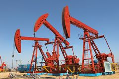 PUMPING OIL Royalty Free Stock Image