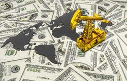 Pumpjack d'or et huile renversée sur l'argent Images stock