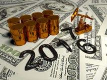 Pumpjack dorato ed olio rovesciato sui soldi 3d rendono Fotografia Stock Libera da Diritti