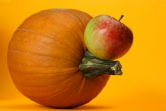 Pumpkin and apple Royalty Free Stock Photos